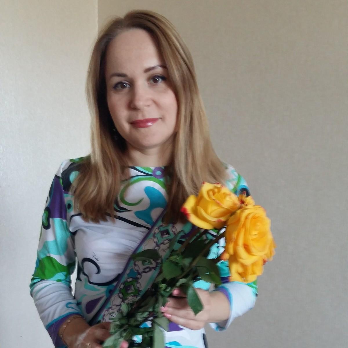 Знакомства Казань, фото девушки Гуля, 41 год, познакомится для флирта, любви и романтики, cерьезных отношений