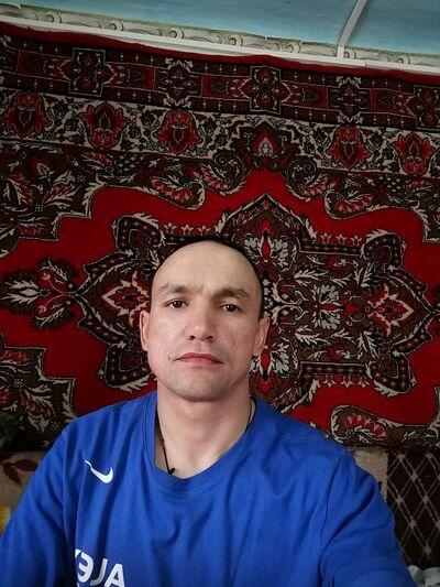Знакомства Челябинск, фото мужчины Ринат, 37 лет, познакомится для флирта, любви и романтики