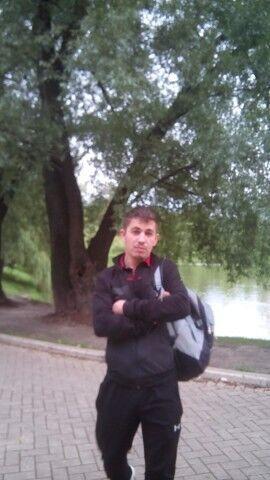 Знакомства Москва, фото мужчины Constantin, 30 лет, познакомится для флирта, любви и романтики, cерьезных отношений