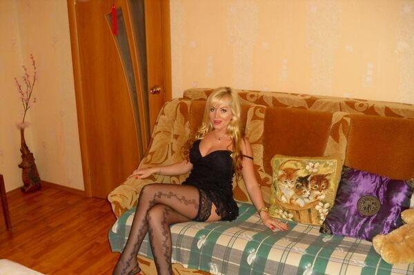 С интим в для знакомства санкт-петербурге девушкой