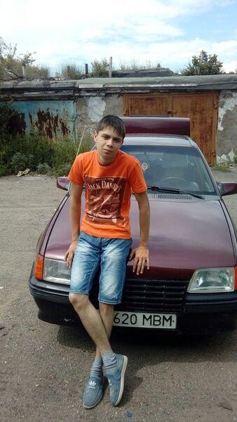 Фото мужчины анатолий, Караганда, Казахстан, 19